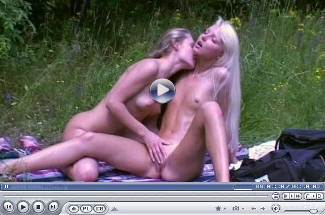 porno-s-fitnes-devushkami-video